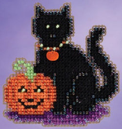Mill Hill Wendy's Cat Halloween beaded cross stitch kit MH19-5206