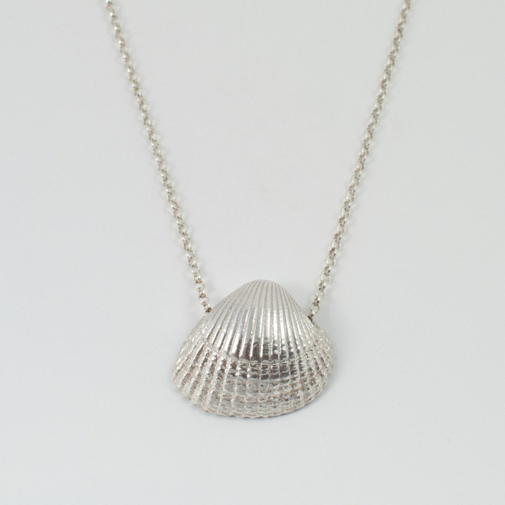 COCKLE SHELL necklace, large - silver - Jennifer Kinnear Jewellery Shell Collection