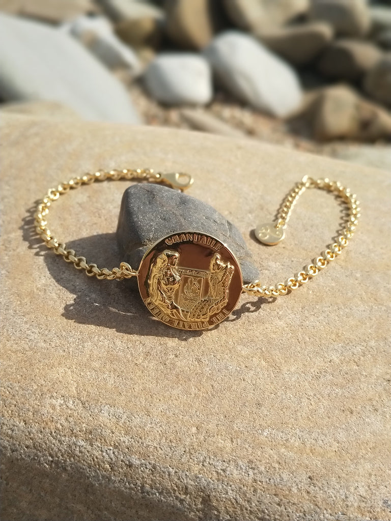 GRACE O'MALLEY Medallion Bracelet