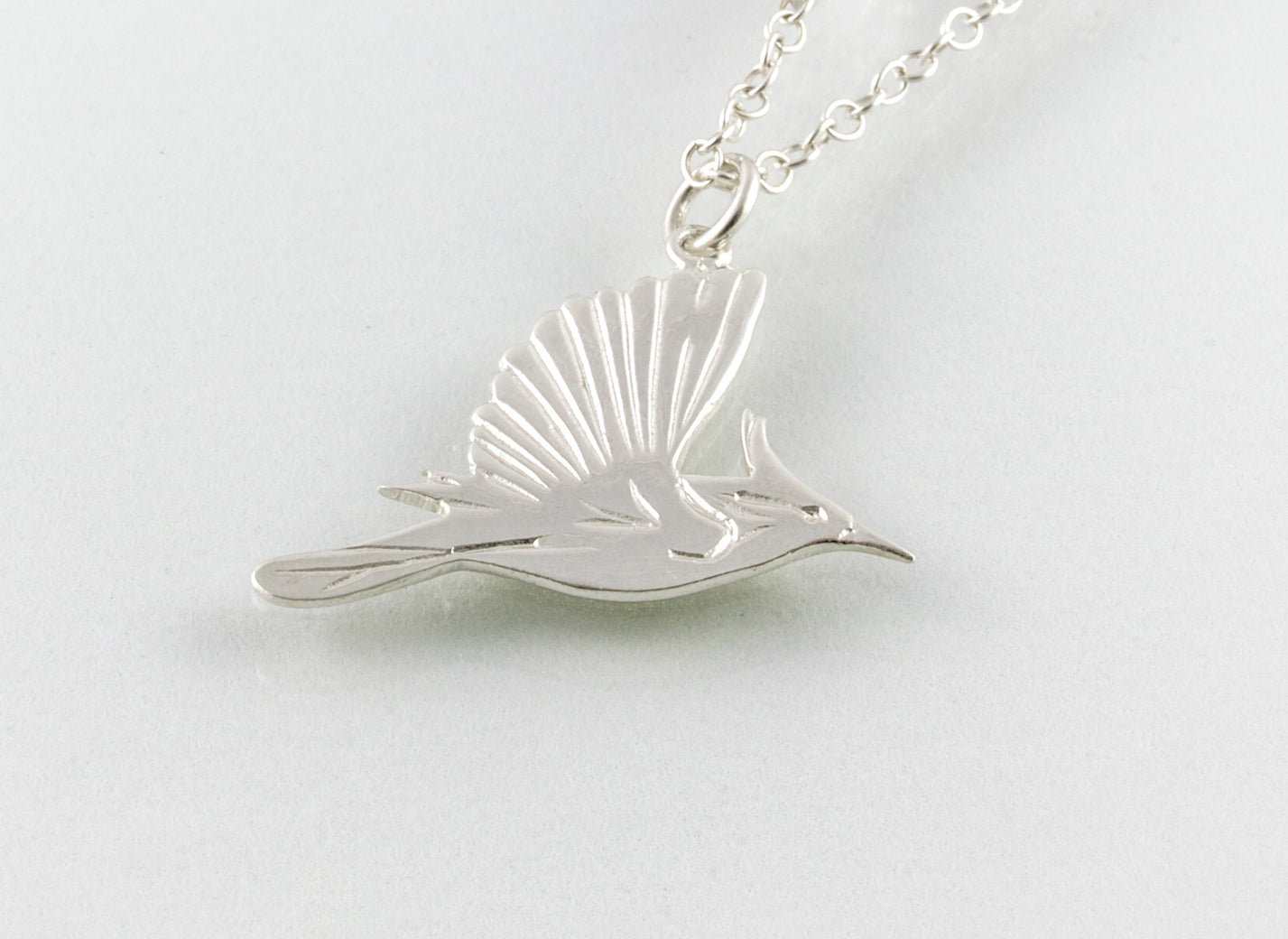 HUMMING BIRD Necklace