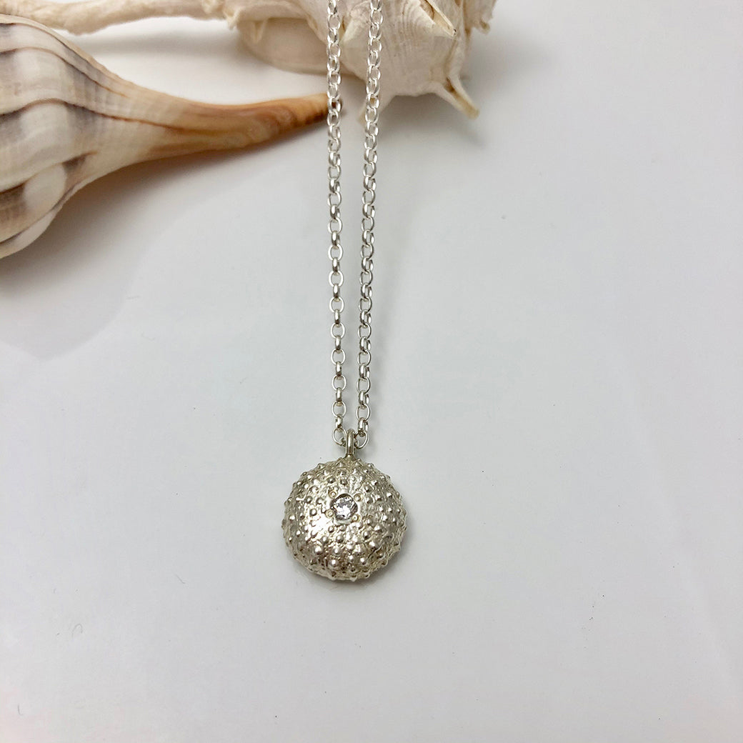 SEA URCHIN Necklace With Stone