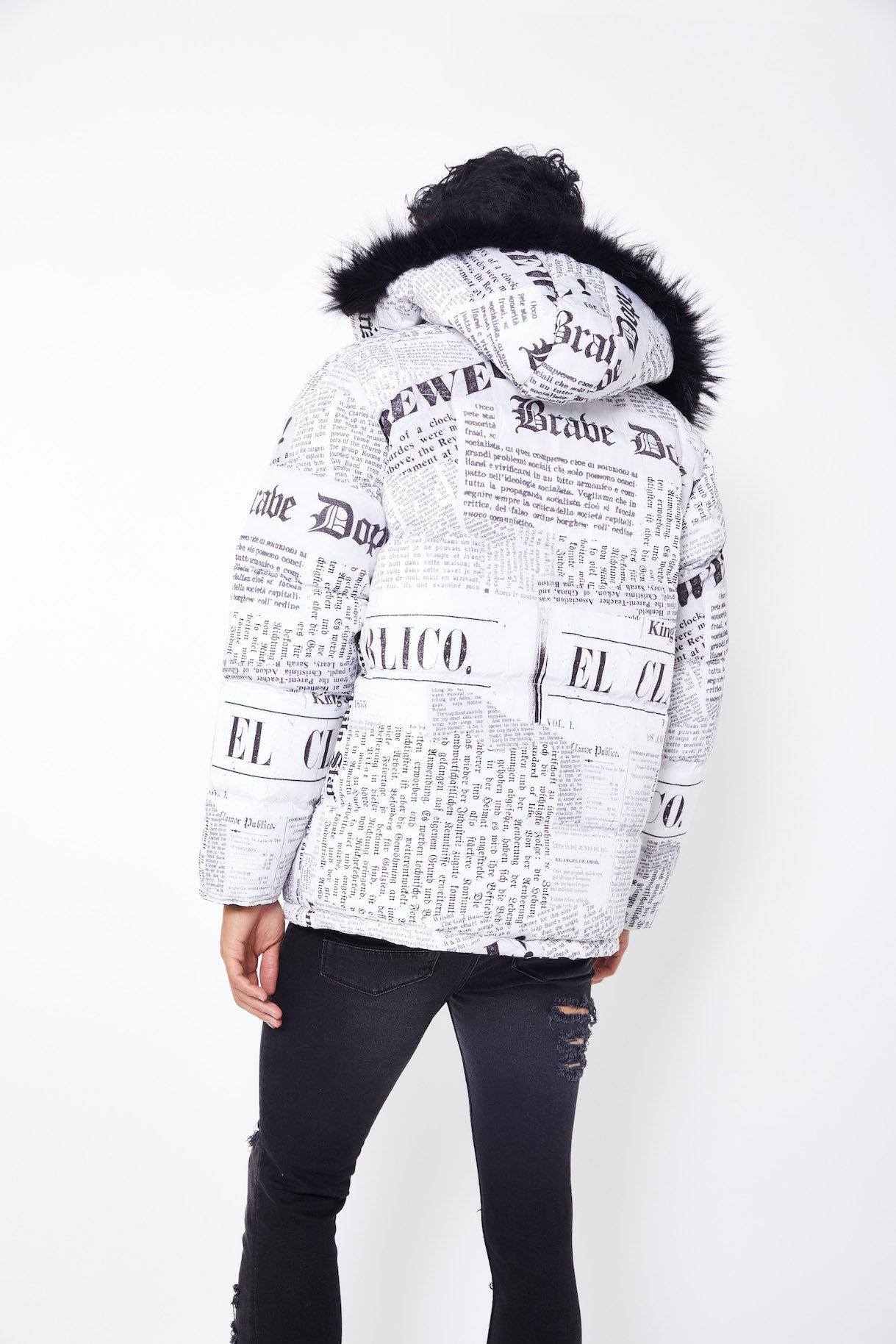 NEWSPAPER PRINT GRAPHIC DESIGN REVERSIBLE JACKET- WHITE/BLACK
