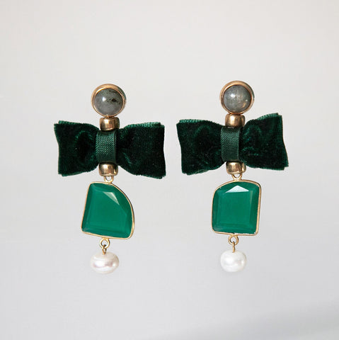 Emerald Bow Earrings