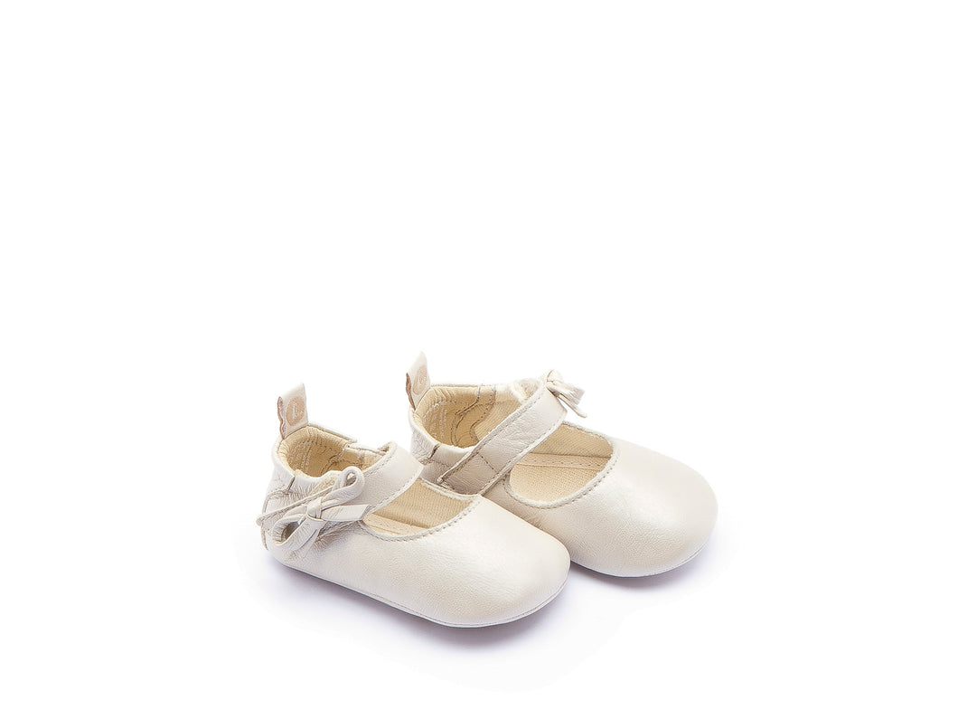 Gift (Baby) - Antique White