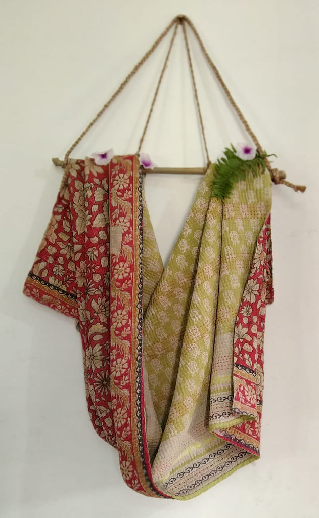 Red garden Kantha Blanket (single)