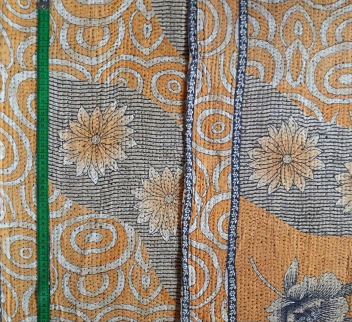 Sunflower bloom Kantha Blanket (single)
