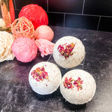 Rose City Chocolate Tea-Infused Bath Bomb