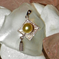 Pendant - Graduation Cap Pendant in Sterling Silver - FREE pearl mounting! #837