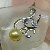Monkey Pendant in Sterling Silver - FREE pearl mounting! #841