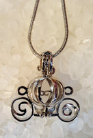 Carriage Pearl Cage and 20