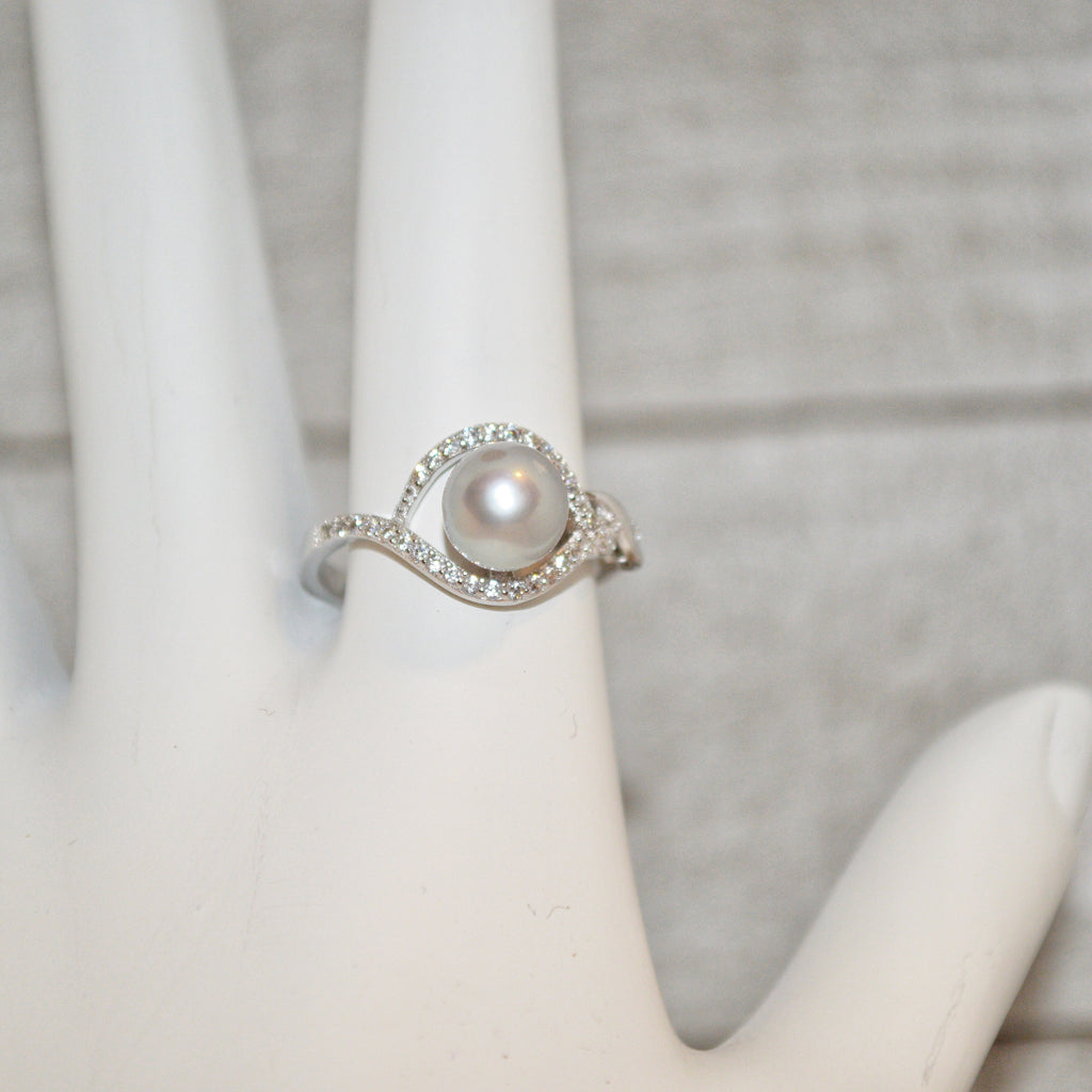 Ring - Twist Halo with CZ's in Sterling Silver - FREE pearl mounting! #825