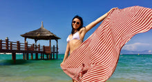 beach towel stripe rouge