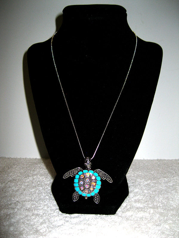 Beautiful Rhinestone Turquoise Tortoise Necklace