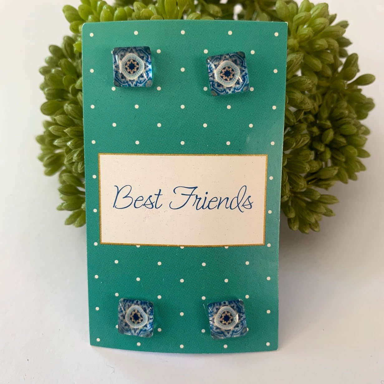 Best Friends Earring Set