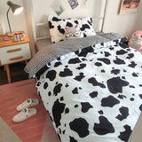 Black White Wave Point / Cow Bed Sheet 4 Pieces AD11833