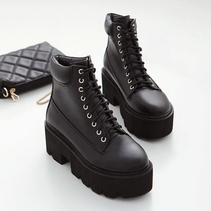 Square Heels Lace-up Platform Boots AD11648