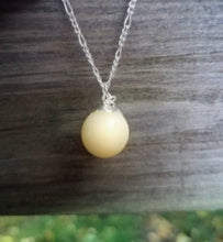 Milk drop necklace (available in 2 sizes)