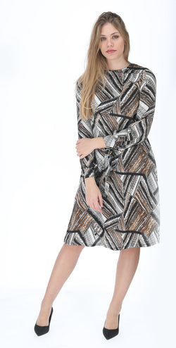 A-line Elegant Dress with belt / Zig Zag Earth