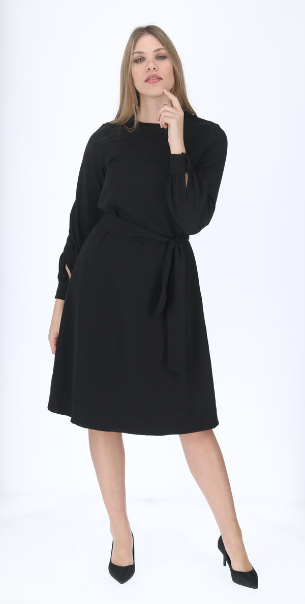 A-line Elegant Dress with belt / Black