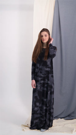 A-line Maxi Dress / Black Tie Dye