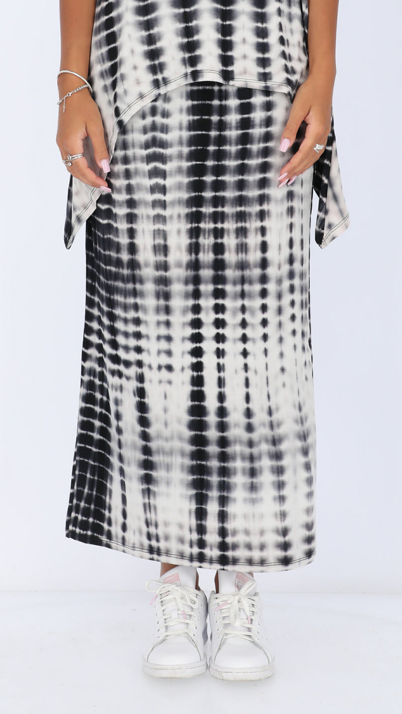 Maxi Skirt / Black & White Tie Dye