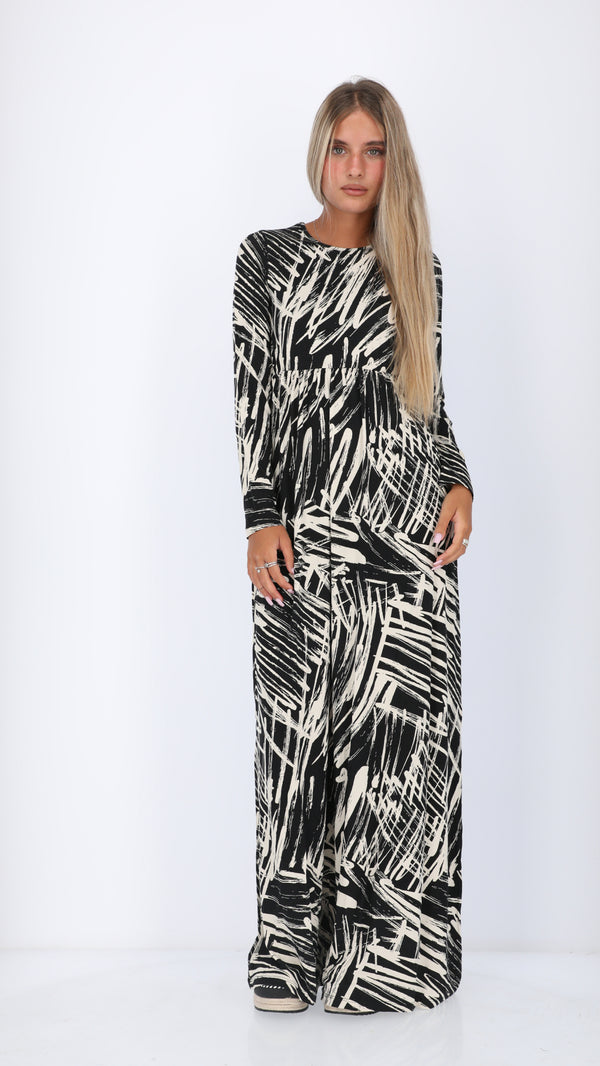 Belted Maxi Dress / Black & White
