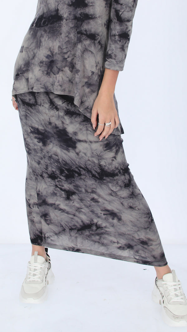 Ribbed Maxi Skirt / Black Tie Dye