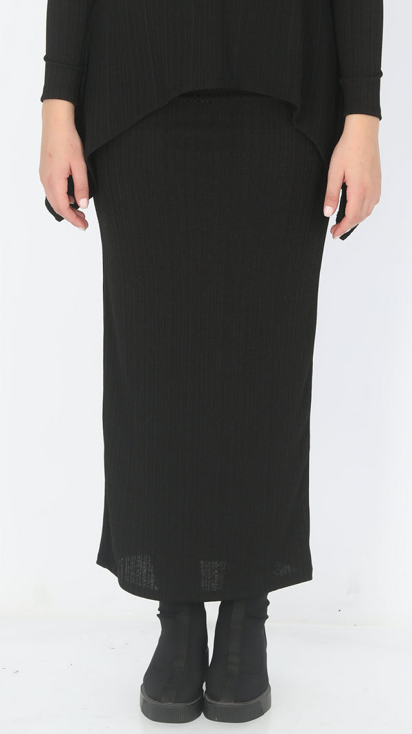 Ribbed Maxi Skirt