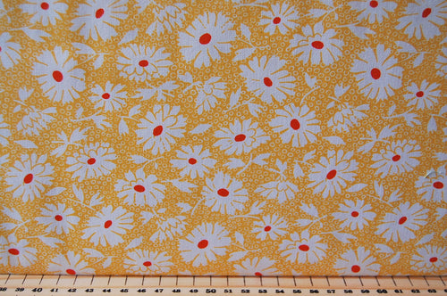 Fabric Shack Sewing Quilting Sew Fat Quarter Cotton Quilt Patchwork Dressmaking American Jane Moda Hop Skip & Jump Floral Flowers Yellow