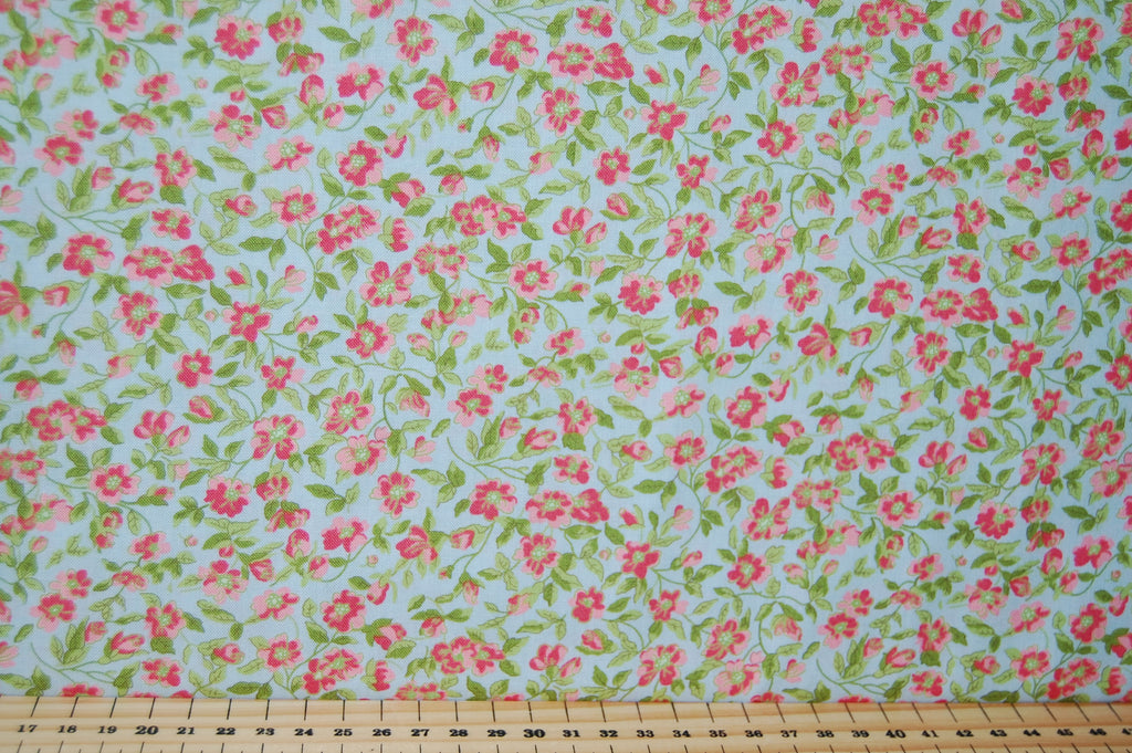 Brenda Riddle For Moda Guernsey Small Pink Flowers Sky