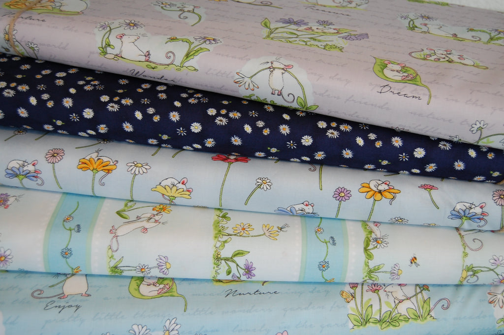 Anita Jeram For Clothworks Daisy Daisy White Daisies On