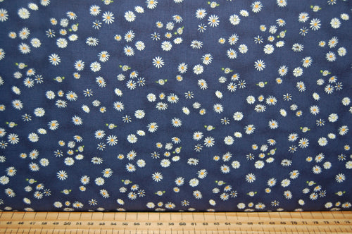 Fabric Shack Sewing Quilting Sew Fat Quarter Cotton Quilt Patchwork Dressmaking Clothworks Anita Jeram Daisy Daisy Mice Mouse Flower Floral Daisies Border Print Sleeping Petal Script (6)