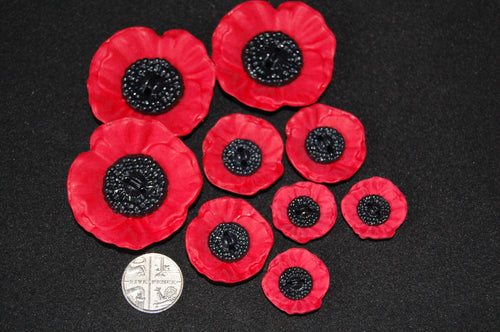 Poppy/Remembrance Day 2 Hole Button 20/28/41mm