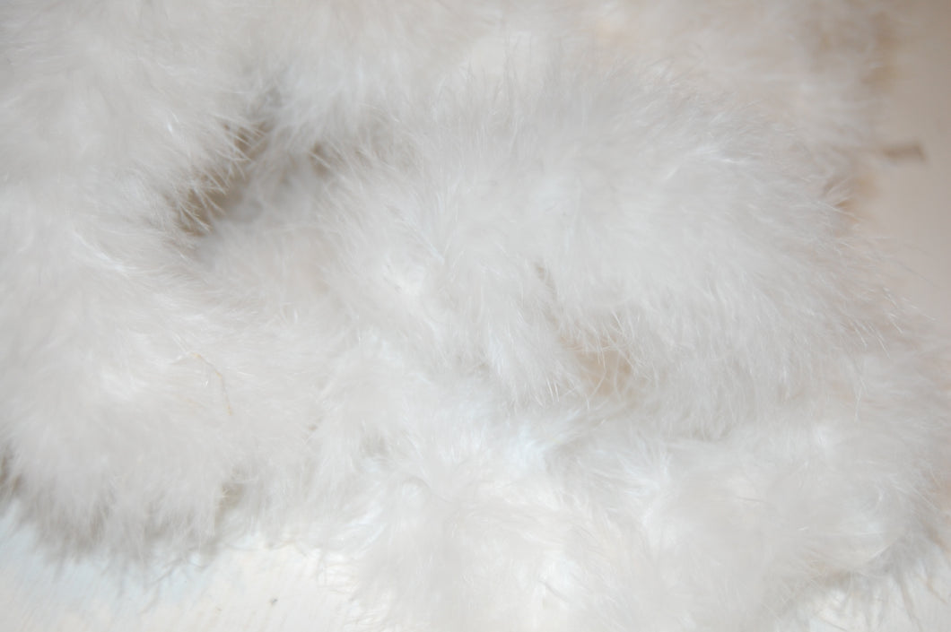 Fabric Shack Sewing Quilting Sew Fat Quarter Cotton Quilt Patchwork Dressmaking Marabou Feathers White Angel Fairy Fluffy
