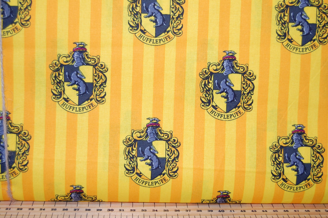 Fabric Shack Sewing Quilting Sew Fat Quarter Cotton Quilt Patchwork Dressmaking Warner Bros Brothers Harry Potter JK Rowling Gryffindor Slytherin Ravelclaw Hufflepuff Marauders Map Snitch House Badge Snitch