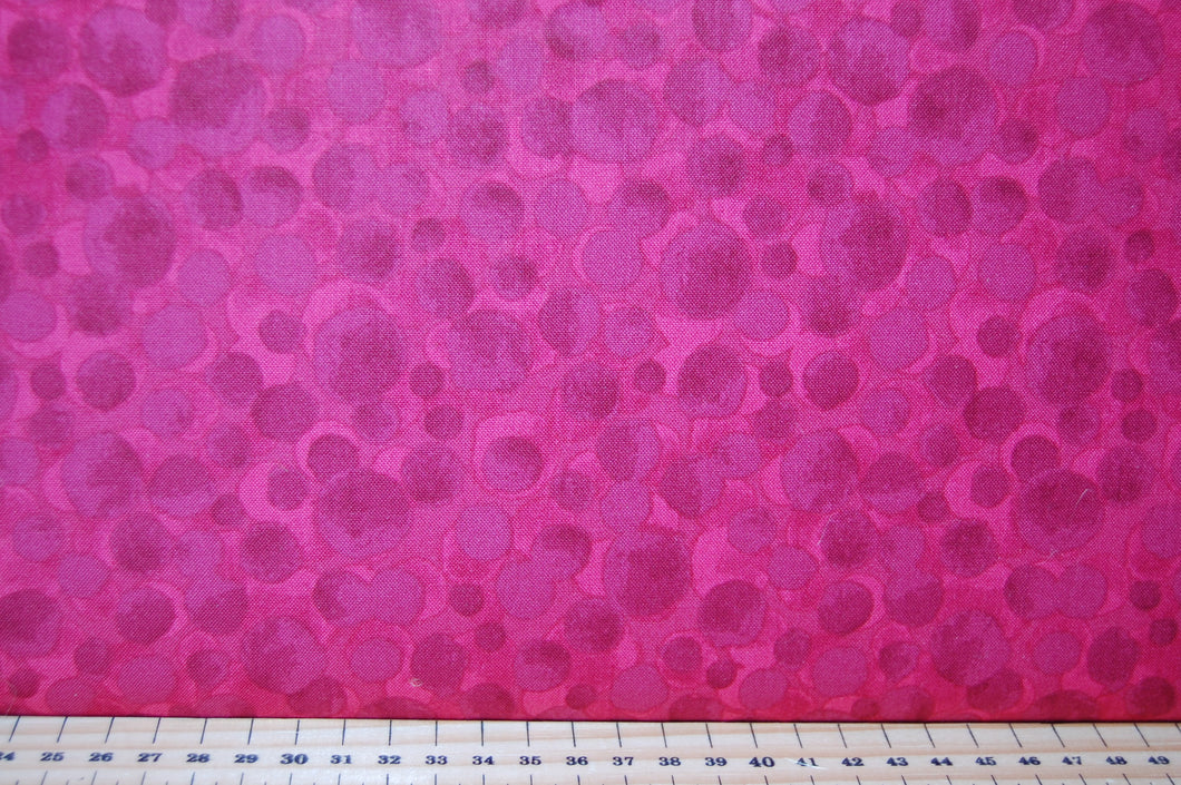 Fabric Shack Sewing Quilting Sew Fat Quarter Lewis & and Irene Bumbleberries Bumbleberry  Red  Cherry Mixer BB163