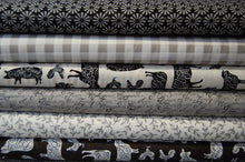 Fabric Shack Sewing Quilting Sew Fat Quarter Quilt Cotton Moda Deb Strain Home Grown Homegrown Animals Farm House Farmhouse Chicken Cow Pig Sheep Check Leaf Monochrome Grey Black White Gingham Spiral Circ (3)