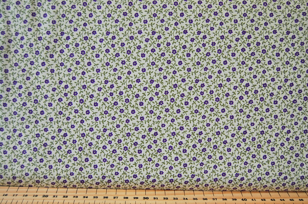 Fabric Shack Small Ditsy Flower Floral Purple Green Cotton Fabric Fat Quarter