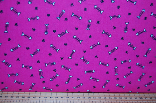 fabric shack sewing quilting sew fat quarter cotton quilt patchwork 3 three wishes cool cat club swag robber kitty kitten meow blocks fish bones paw prints strips cats rule (3) pink