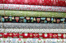 fabric shack sewing quilting sew fat quarter cotton quilt patchwork christmas holiday noel dressmaking hygge scandi trädgårdstomte tomte tonttu gnome nisse stocking tree candle snowflake star mitten (2)