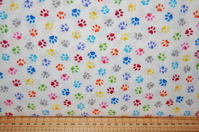 fabric shack sewing quilting sew fat quarter cotton quilt patchwork dressmaking blank pablo picatsso picasso artist palatte palette paint brush cat kitten art drawing painting paw prints studio (4)