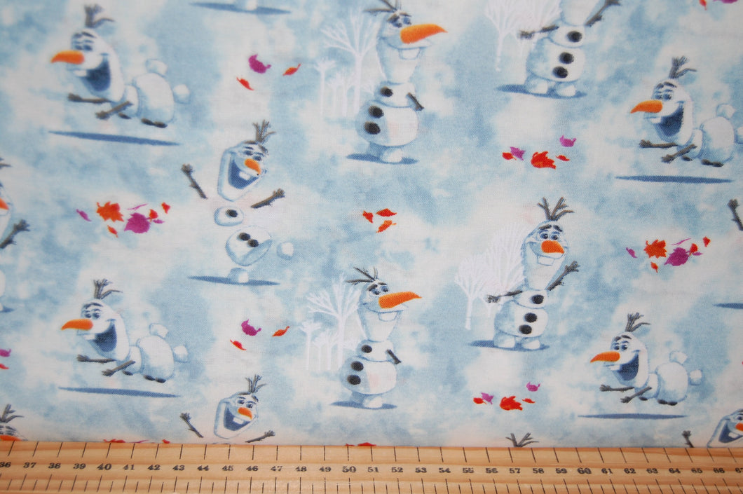 fabric shack sewing quilting sew fat quarter cotton quilt patchwork dressmaking disney frozen 2 two anna elsa olaf snowman moose reindeer svan kristoff kristov (5)