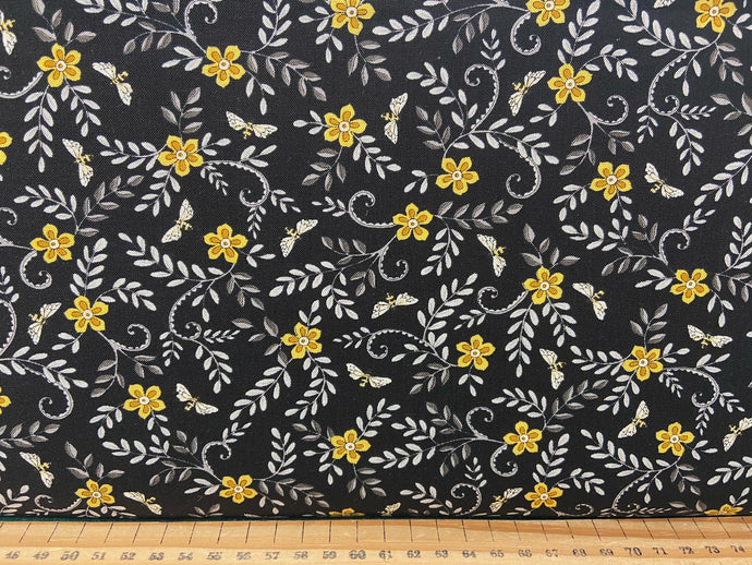fabric shack sewing quilting sew fat quarter cotton patchwork quilt deb strain moda bee grateful bees hives sunflowers save the beees honey flowers flower ebony black