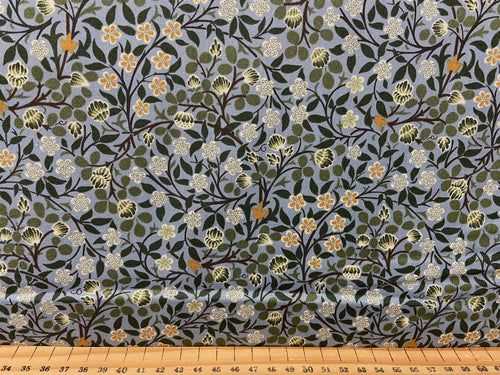fabric shack sewing quilting sew fat quarter cotton patchwork william morris v & a victoria and albert classic floral flowers clover mural citadel