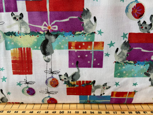 fabric shack sewing quilting sew fat quarter cotton quilt patchwork mashya d'yans clothworks purrfect christmas cats presents kitties cat gifts
