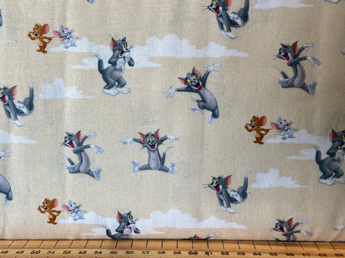 fabric shack sewing quilting sew fat quarter cotton quilt licensed warner brothers bros tom and jerry cat mouse traditional cartoon characters