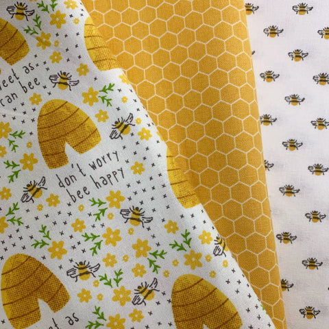 Honey Bee Bandana Bib Set