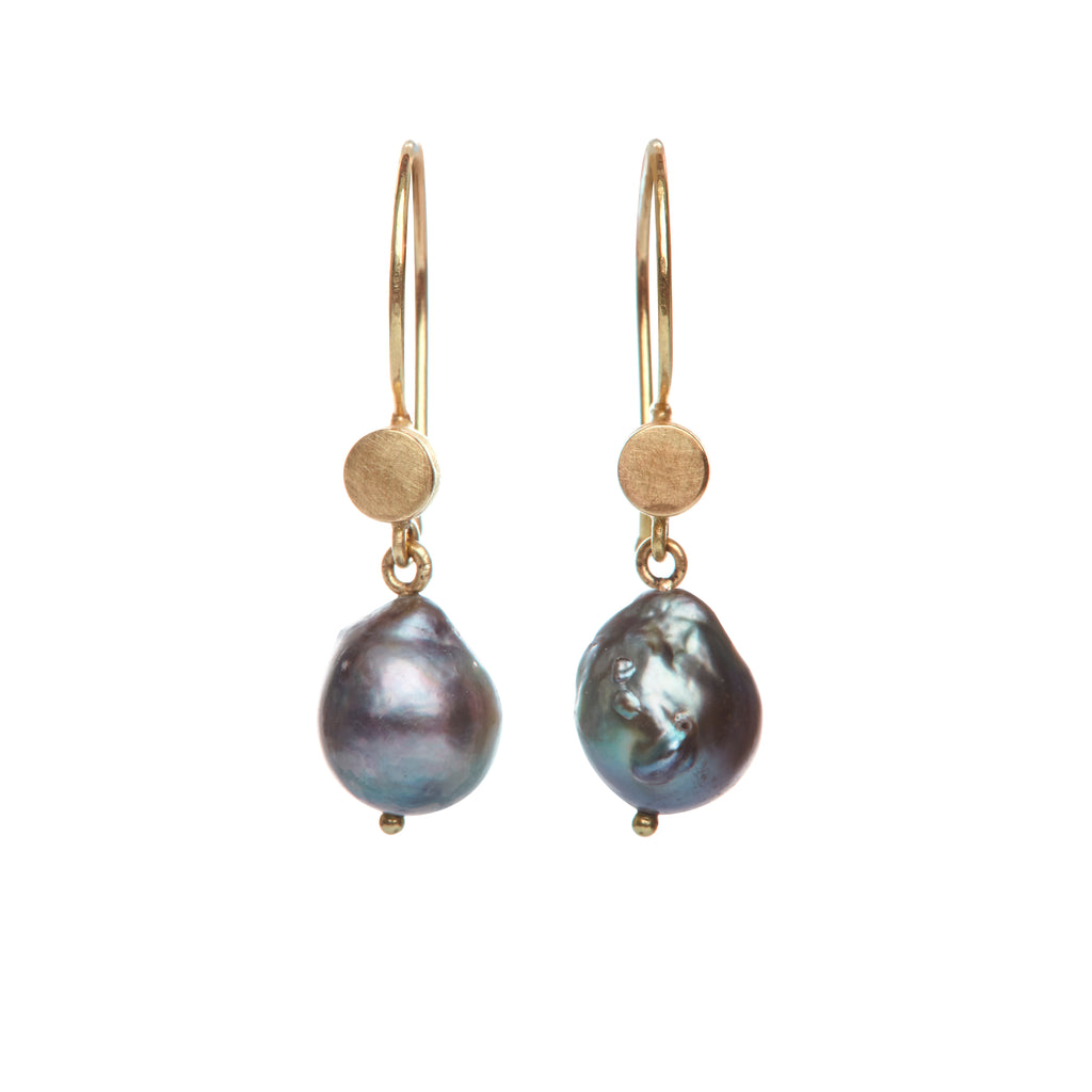 Wild Pearls Earrings