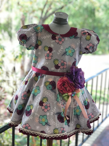 Handmade vintage length Spinny Minny dress and retro shorts.