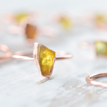 RAW BALTIC AMBER RING IN RECYCLED COPPER